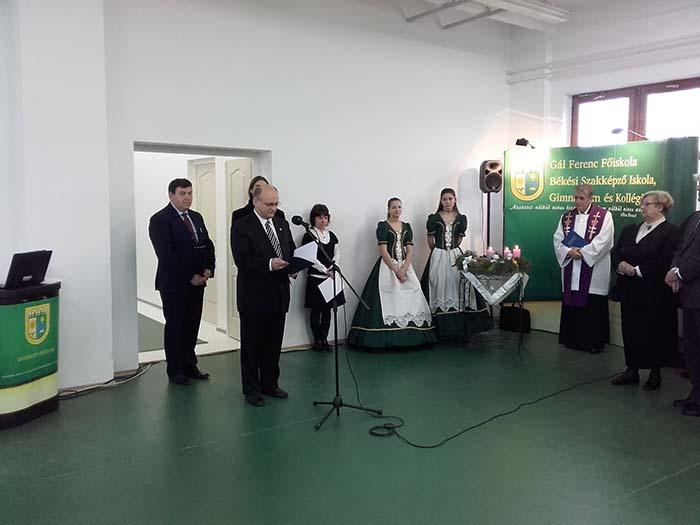 Átadták a Gál Ferenc Főiskola Békési Szakképző Iskola, Gimnázium és Kollégium új edzőtermét