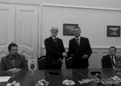 Hallható: Dr. Görgényi Ernő, Bognár Levente