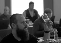 Hallható: Varga-Bora Tímea, Kovács Ladislav