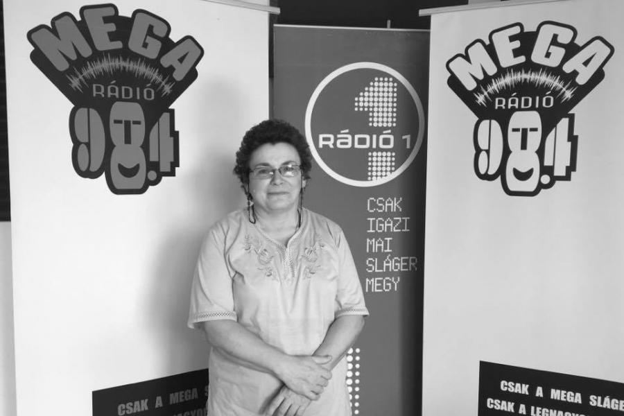 Hallható: Dr. Gálné Dr. Maráczi Gabriella