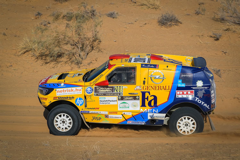 A hatodik helyen végzett az Opel Dakar Team kettőse!