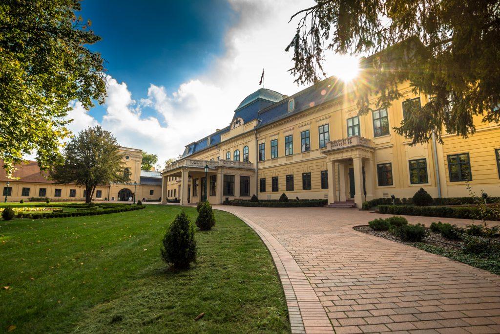 2018. november – Gyula kulturális programjai