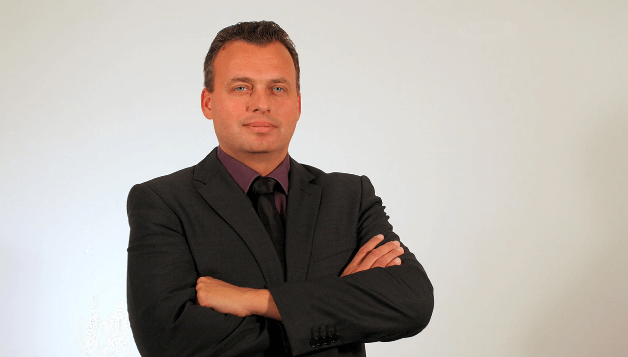 Új vezető a Helyi Rádiók Országos Egyesülete élén