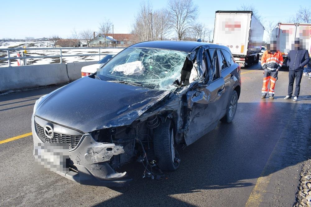 Négy közlekedési balesetben nyolcan sérültek meg